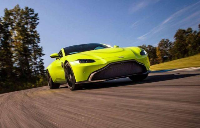 Aston Martin Vantage Roadster 2021 (4)