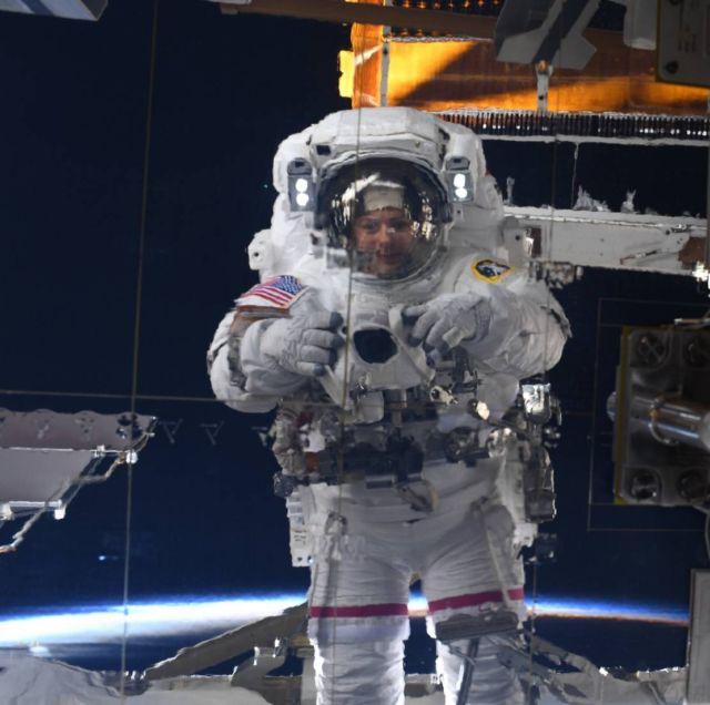 Astronaut Jessica Meir's Space Selfie