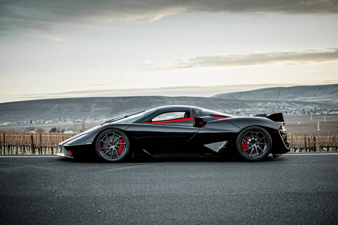 First production SSC Tuatara hypercar (1)