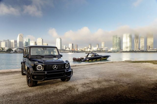 Mercedes-AMG G63 and Cigarette Racing 59' speedboat (5)