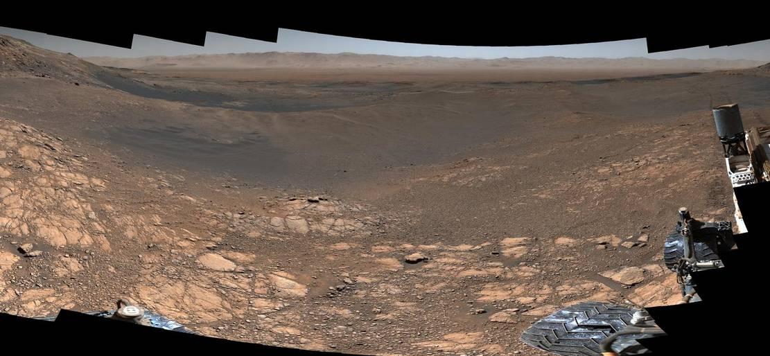 1.8 Billion-Pixel Mars Panorama from Curiosity