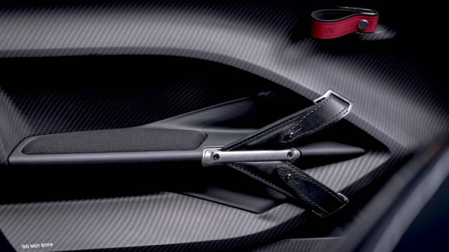 Aston Martin V12 Speedster (5)