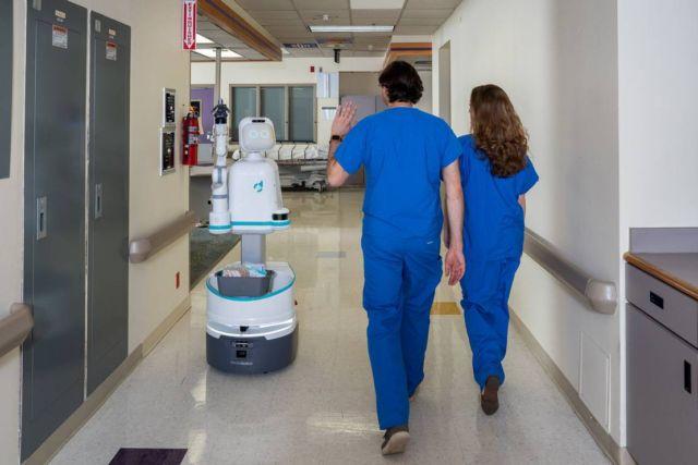 Moxi robot nurse (4)