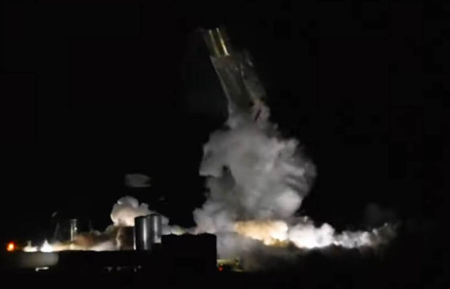 SpaceX's Starship prototype collapsed
