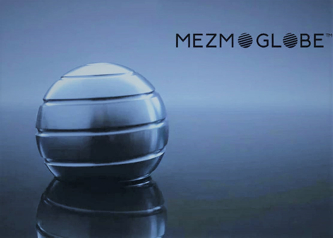 Mezmoglobe – Kinetic desk toy