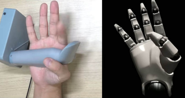 Sony Virtual Reality Finger tracking controllers