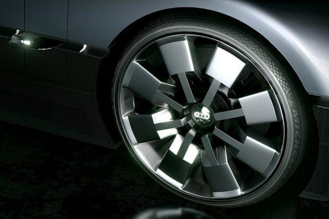 Audi GT concept car (2)