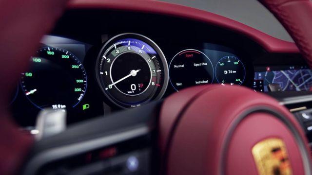 Porsche 911 Targa 4S Heritage Design Edition (6)