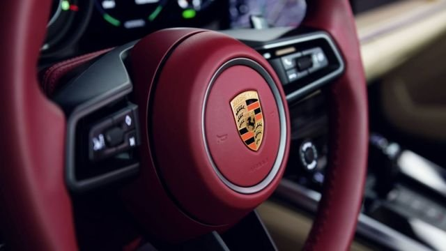 Porsche 911 Targa 4S Heritage Design Edition (5)