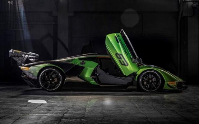 Lamborghini Essenza SCV12 track Hypercar (6)