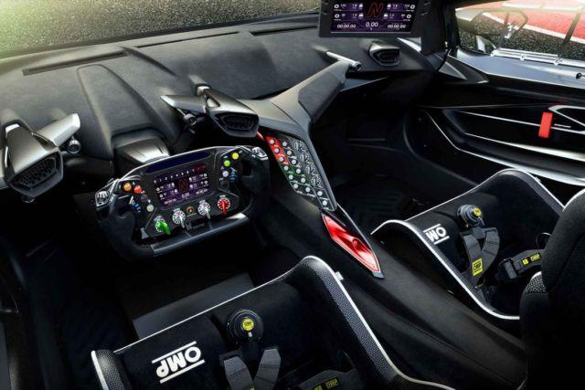Lamborghini Essenza SCV12 track Hypercar (3)