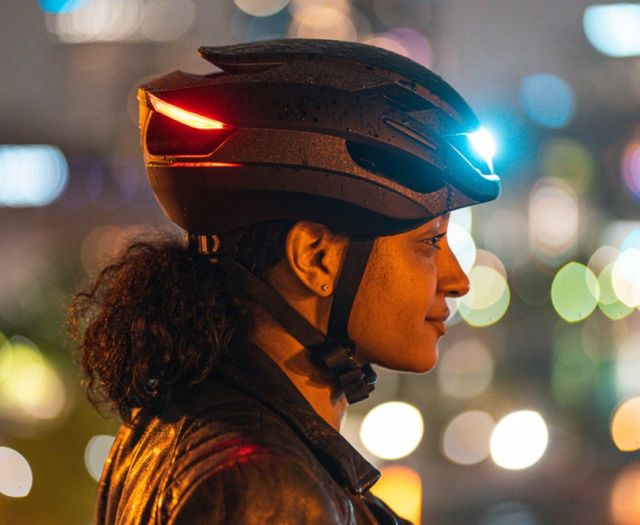 Lumos Ultra LED light bike Helmet (5)