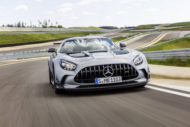 Mercedes AMG GT Black Series (13)