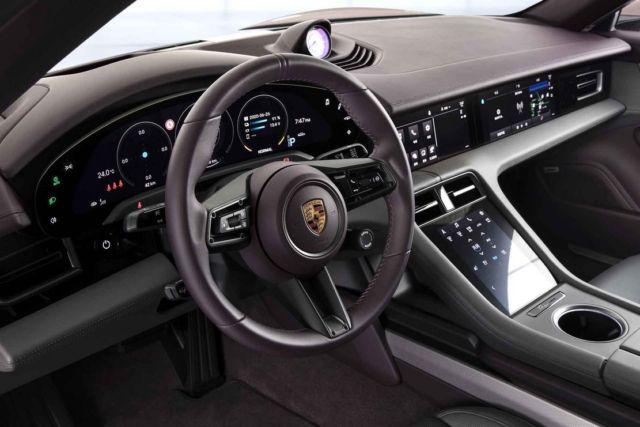 Porsche Taycan RWD Sedan (4)