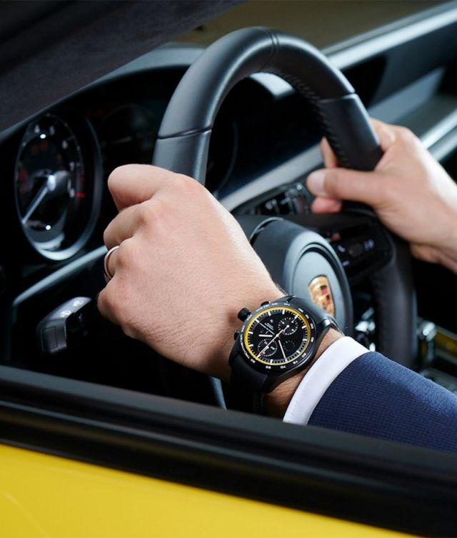 Porsche custom builds your Watch (3)