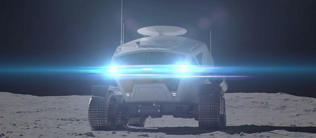 Lunar Cruiser (1)