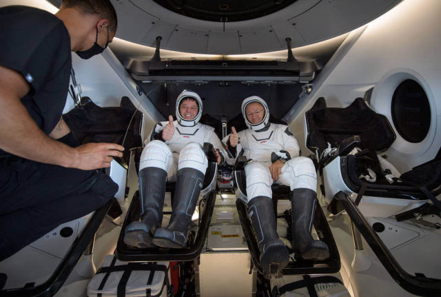 SpaceX Crew Dragon successfully landed