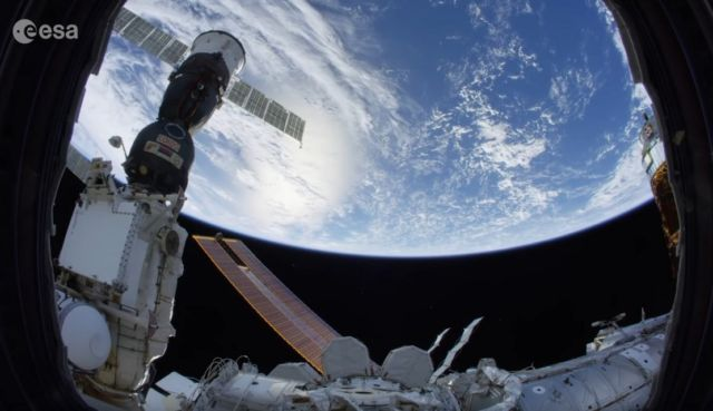 13 things you need to know about space (6)