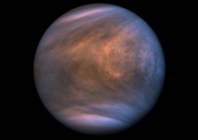 Possible signs of Life on Venus