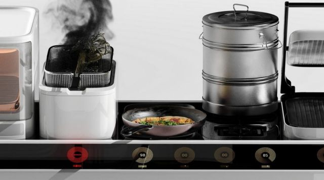 Streat- Self-driving food platform (3)