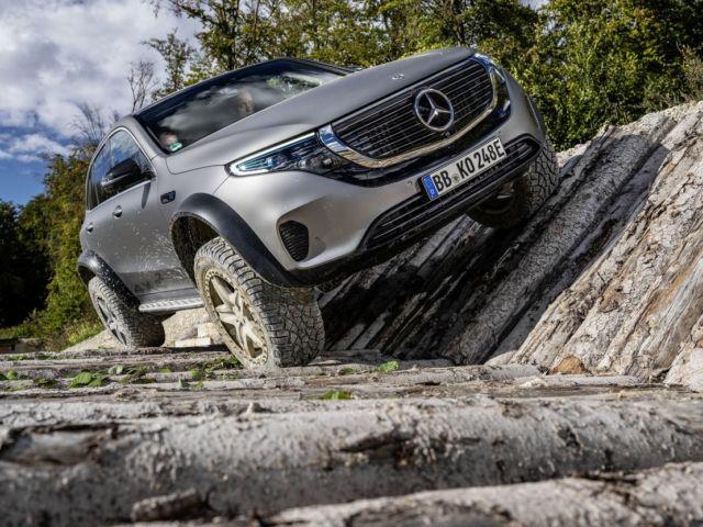Mercedes electric EQC 4x4² SUV Concept (7)