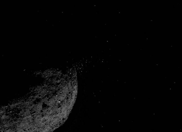 OSIRIS-REx spacecraft touched asteroid Bennu (1)