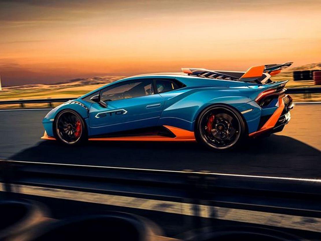 2021 Lamborghini Huracan STO (4)