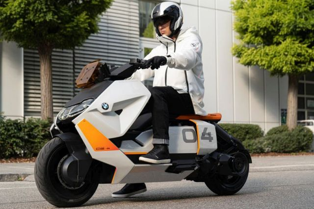BMW Definition CE 04 Electric (8)