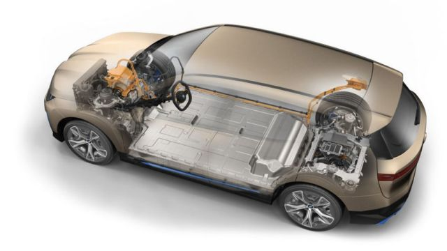 BMW iX electric crossover (2)
