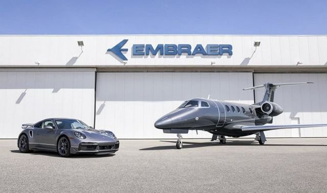 Embraer - Porsche perfect jet & car Duet (6)