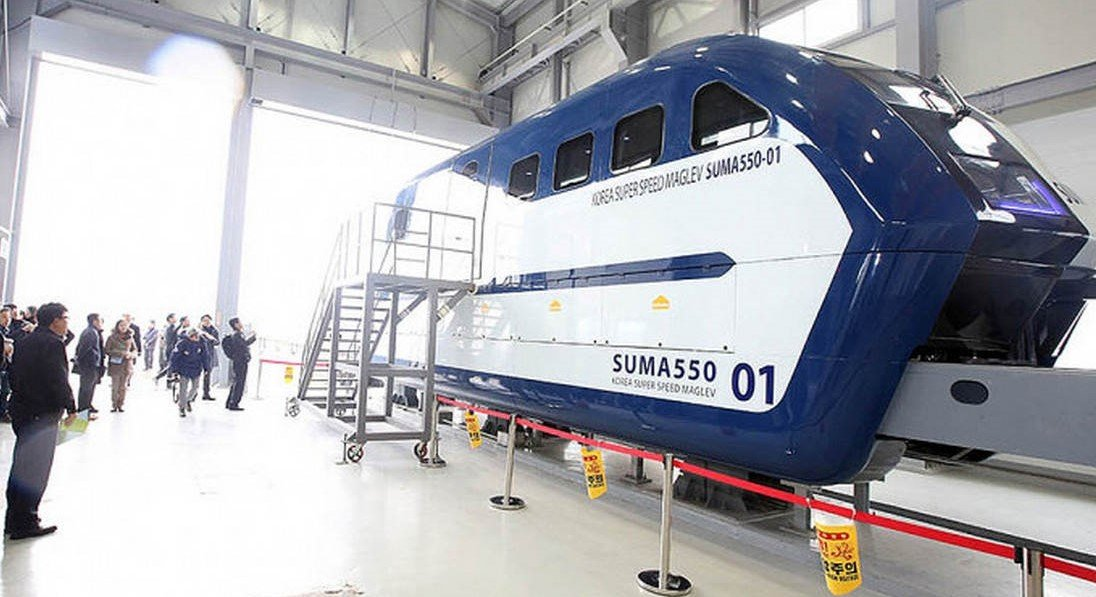 Hyper Tube train test model reached a speed of 1,000km/h