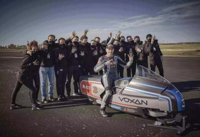 Voxan Wattman is the fastest electric motorcycle in the world (2)