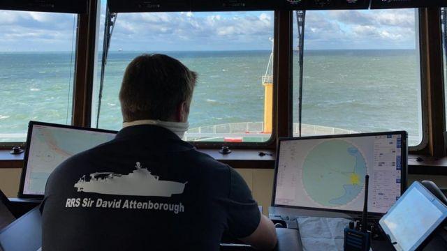 The icebreaker Sir David Attenborough has just begun its journey (1)