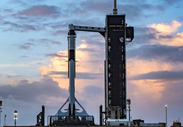 Watch Live the historic SpaceX Crew-1 launch this Saturday (4)
