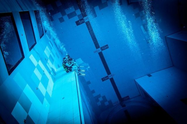 Deepspot deepest Diving Pool in the world (4)