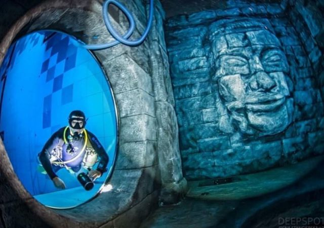 Deepspot deepest Diving Pool in the world (3)