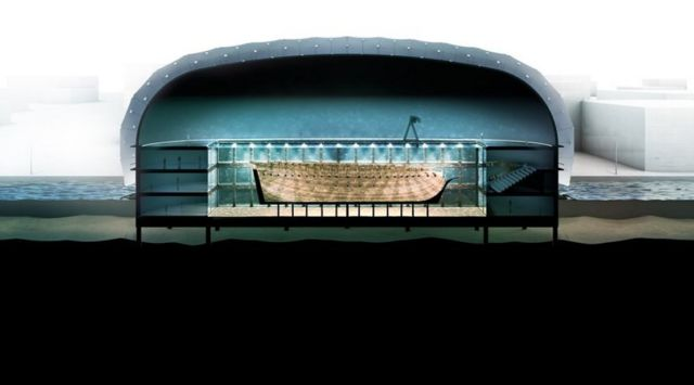 Docking the Amsterdam shipwreck (3)