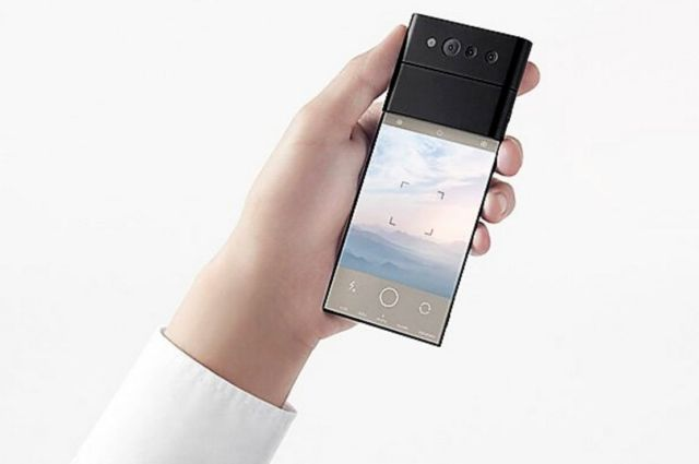 Nendo credit card-sized phone unfolds into three screens (5)