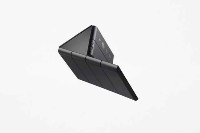 Nendo credit card-sized phone unfolds into three screens (4)