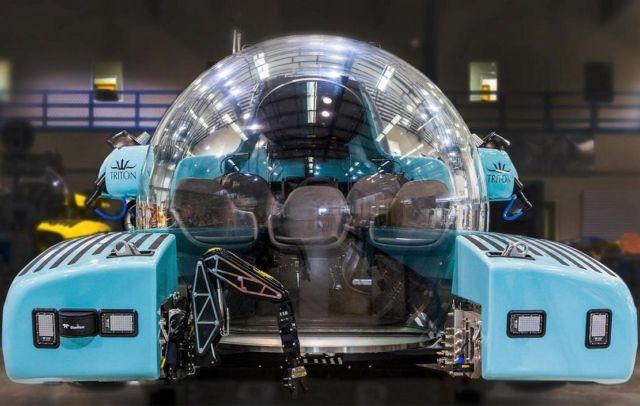 Triton 3300/6 $5.5 million personal Submarine