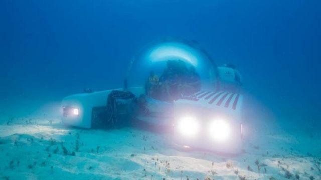 Triton 3300/6 $5.5 million personal Submarine (10)