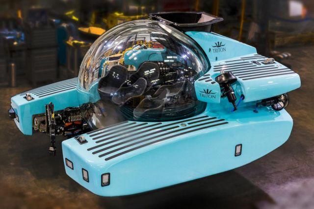 Triton 3300/6 $5.5 million personal Submarine (6)