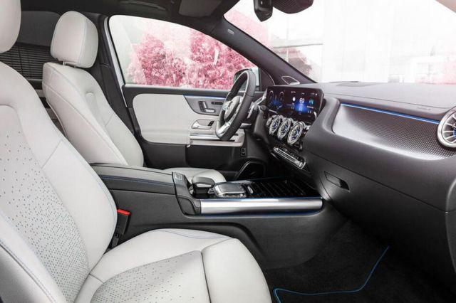 Mercedes-Benz EQA SUV (14)