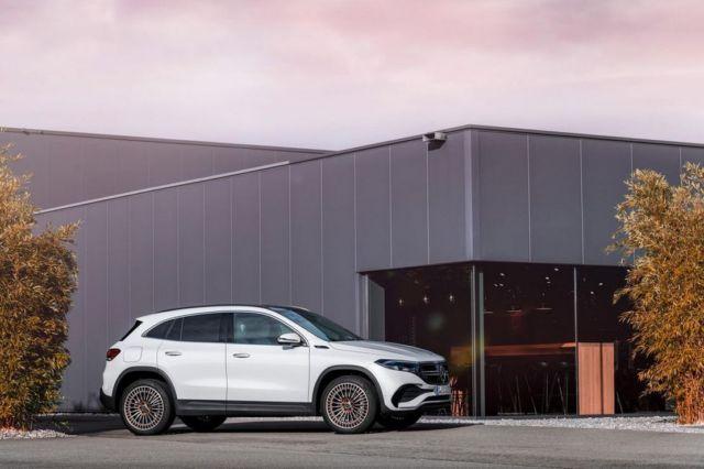 Mercedes-Benz EQA SUV (12)