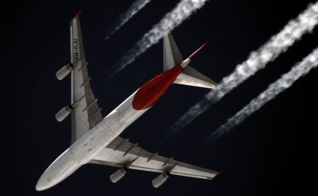 Scientists turn Carbon Dioxide into Jet Fuel