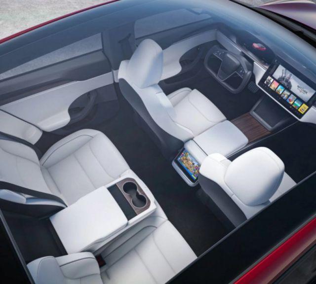 The new Tesla Model X Plaid (6)