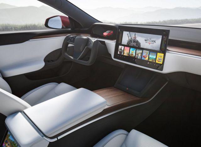 The new Tesla Model X Plaid (5)