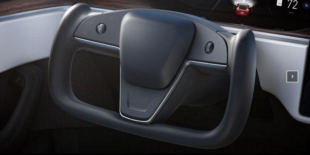 The new Tesla Model X Plaid (2)
