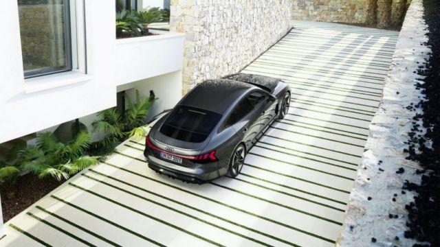 AUDI e-tron GT all-electric performance sportscar (1)