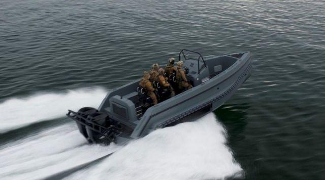 Iguana Pro Interceptor amphibious craft (2)